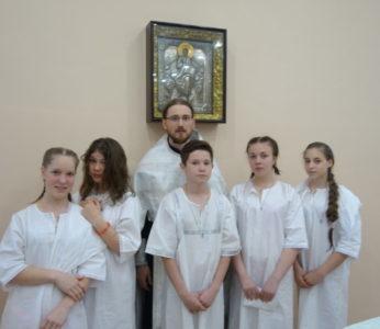 Крещение воспитанников центра Возвращение